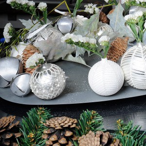 white-silver-christmas-floral-centerpiece-step6-2