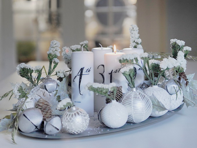 white-silver-christmas-floral-centerpiece-step9