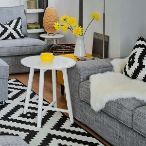 yellow-accents-in-spanish-home1-3