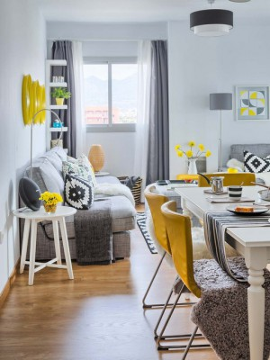 yellow-accents-in-spanish-home1-8