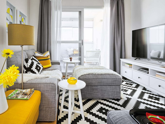 yellow-accents-in-spanish-home2