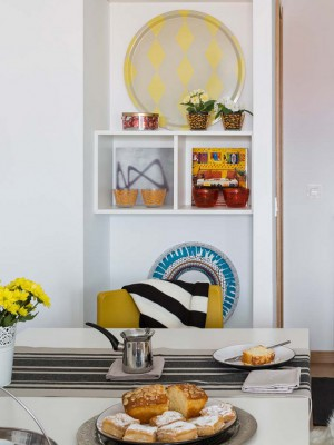 yellow-accents-in-spanish-home3-2