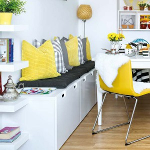 yellow-accents-in-spanish-home3-3