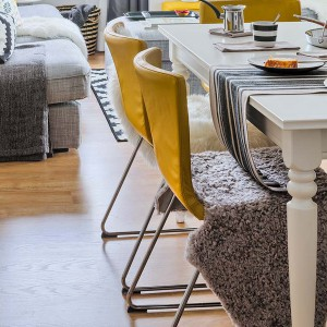 yellow-accents-in-spanish-home3-4