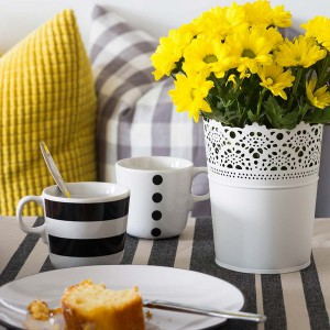 yellow-accents-in-spanish-home3-5