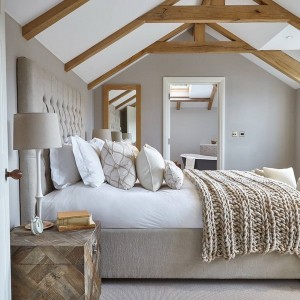 10-styles-to-create-dream-bedroom1-1