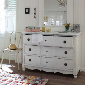 10-reasons-to-choose-antique-chest-of-drawers1-2