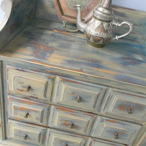 10-reasons-to-choose-antique-chest-of-drawers10-1