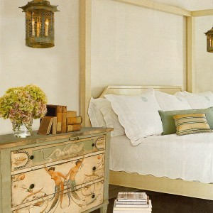 10-reasons-to-choose-antique-chest-of-drawers7-2