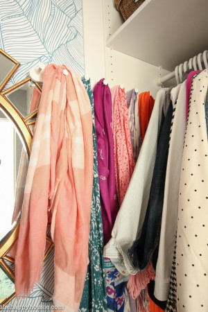 closet-makeover-with-ikea-pax-and-wallpaper6