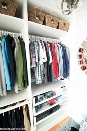closet-makeover-with-ikea-pax-and-wallpaper7