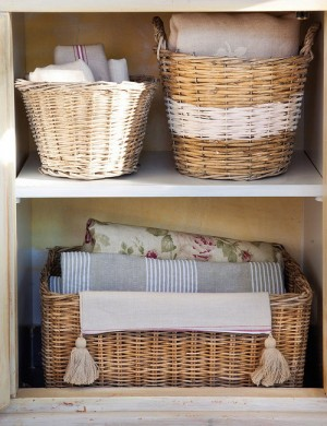 12-secrets-of-vintage-cupboard12-1