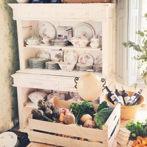 12-secrets-of-vintage-cupboard2-2