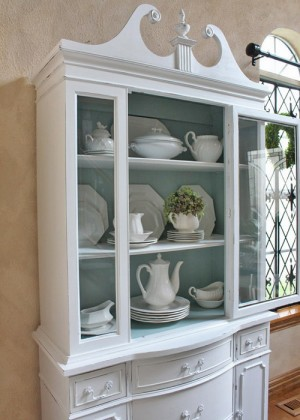 12-secrets-of-vintage-cupboard8-1