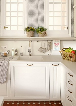 one-small-l-shaped-kitchen4
