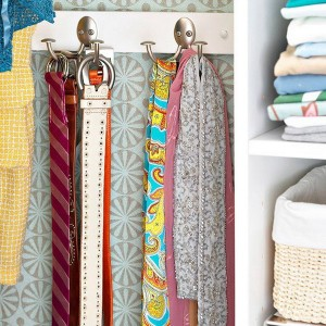 enlarge-tiny-wardrobe-10-ways3-1
