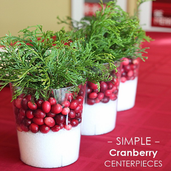 diy-3-tiny-christmas-tabletop-placeholders3-centerpiece