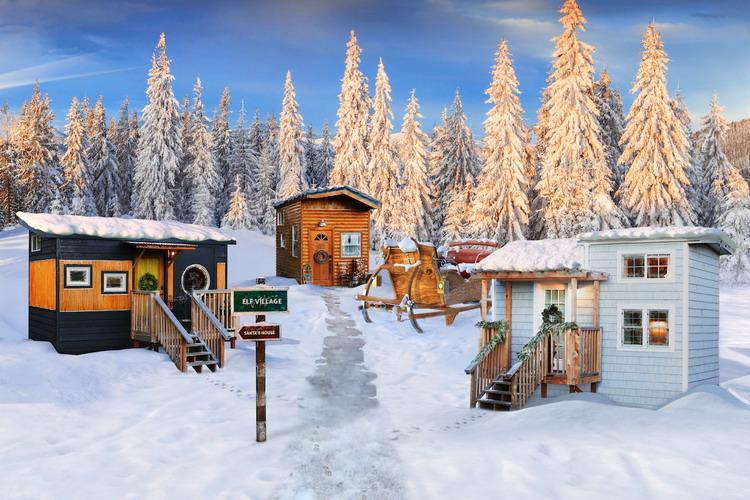 santa-claus-home-outdoor