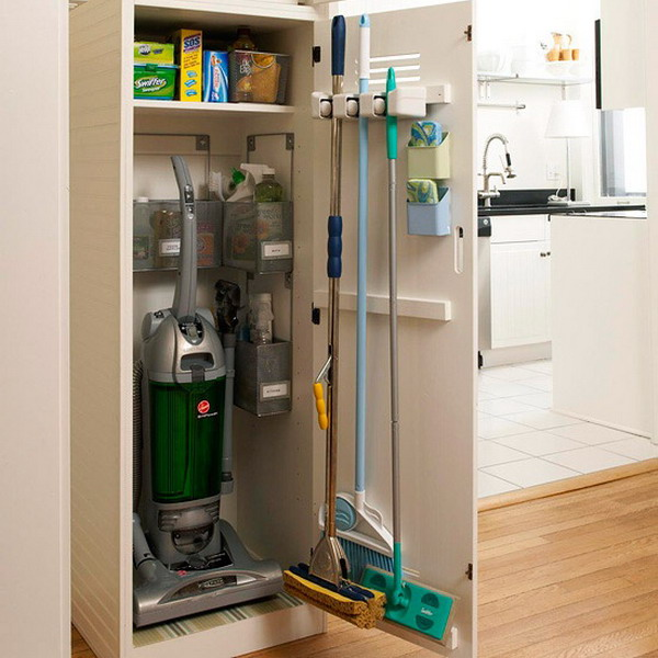 space-saving-broom-closets-ideas