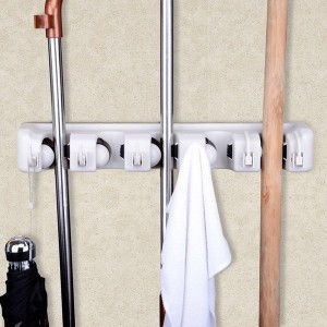 space-saving-broom-closets-ideas6-3