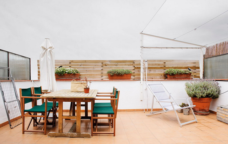 renovated-terrace-for-beauty-and-comfort-before