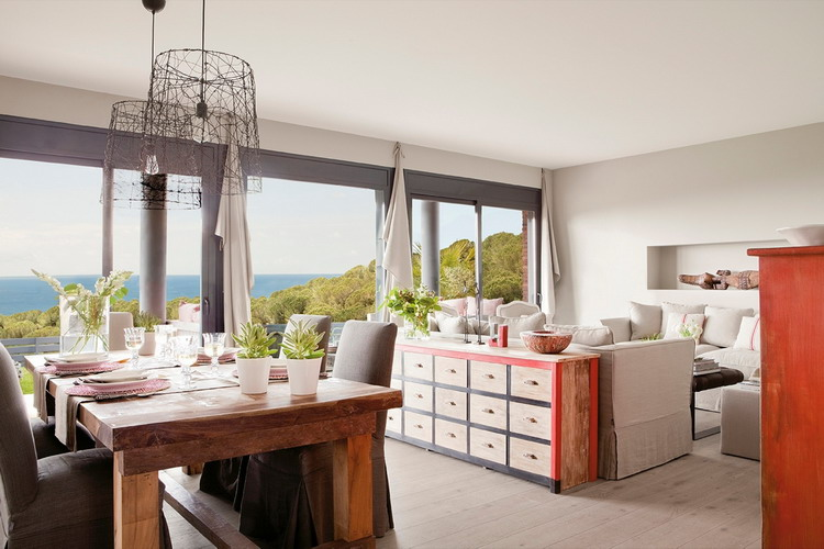 delightful-spanish-livingrooms-overlooking-sea7