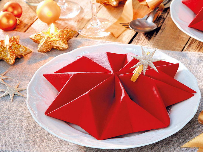 creative-napkin-folding-new-year-ideas-with-video1