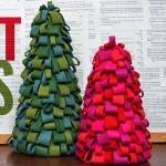 diy-tabletop-christmas-trees-from-felt