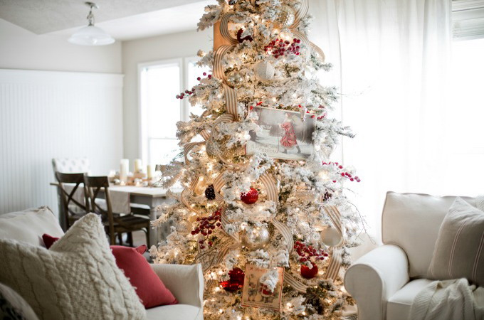 ribbon-on-christmas-tree-best-tips-ellaclair1-5