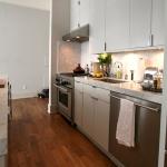 3-kitchen-tours-in-feminine-techno1-1.jpg