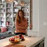 3-kitchen-tours-in-feminine-techno1-15.jpg