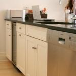 3-kitchen-tours-in-feminine-techno2-4.jpg