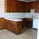 3-kitchen-tours-in-feminine-techno3-before1.jpg