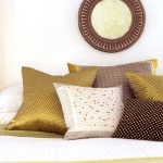 accent-metallic-in-bedroom1.jpg