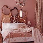 accent-metallic-in-bedroom5.jpg