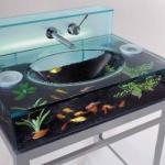 aquarium-in-bathroom.jpg