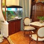 aquarium-in-traditional-home1.jpg