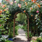 arbor-and-archway-in-garden1-3.jpg