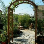 arbor-and-archway-in-garden3-3.jpg