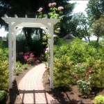 arbor-and-archway-in-garden3-9.jpg
