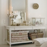 arrangement-on-console-space-shabby-chic3.jpg