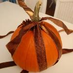 autumn-decor-to-one-porch-pumpkin6.jpg