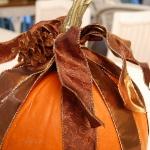 autumn-decor-to-one-porch-pumpkin9.jpg