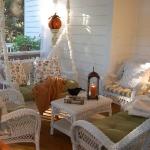 autumn-decor-to-one-porch1-1.jpg