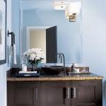 bathroom-in-blue-and-brown-beige1.jpg