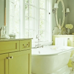 bathroom-in-chartreuse3.jpg