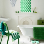 bathroom-in-green-and-turquoise-combo2.jpg