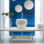 bathroom-in-navy-blue1.jpg