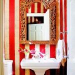 bathroom-in-red-wall-maxi9.jpg
