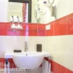 bathroom-in-red-wall-mini10.jpg
